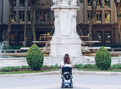 Experteninterview: Reisen trotz Behinderung dank einer Begleitperson