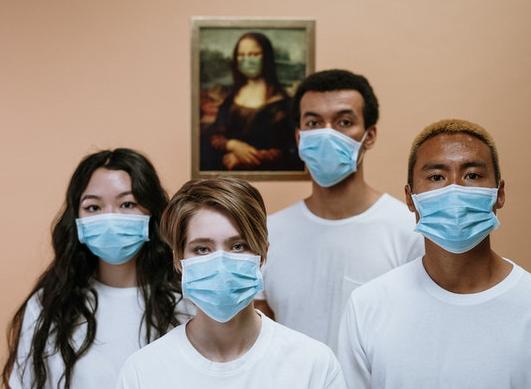 Schutzmaske gegen Coronavirus (Covid-19): Gesetzgebung, Arten von Masken, Preise...