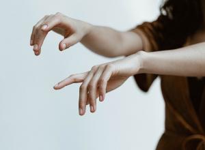 Wie kann man den Verlauf seiner rheumatoiden Arthritis überwachen?