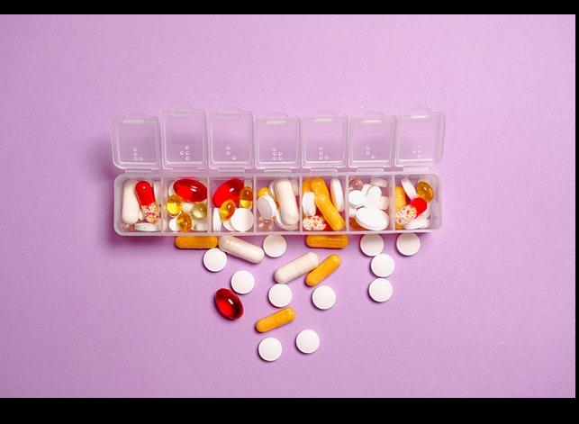 Welche Gefahren sind mit bestimmten rezeptfreien Medikamenten verbunden?