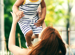 Wie kann man Kindern die Krankheit erklären und den Alltag an die Fibromyalgie anpassen?